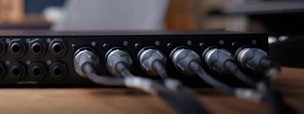 Аудиоинтерфейс FOCUSRITE Clarett 8 Pre Thunderbolt