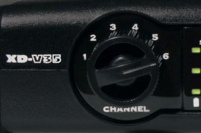 Радиосистема c ручным микрофоном LINE6 XDV35
