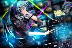 Диджеинг для начинающих: какое DJ-оборудование понадобится