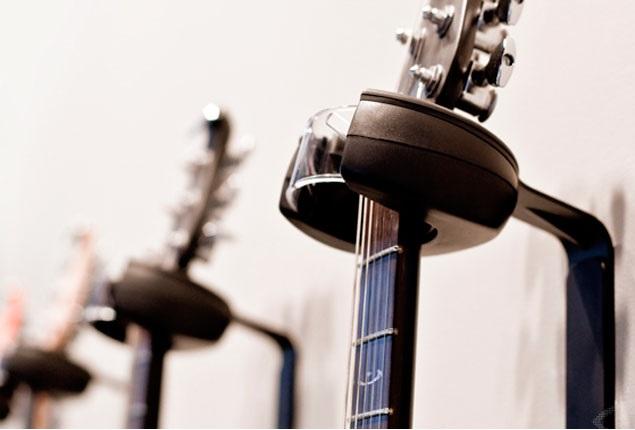 Как правильно хранить гитару дома