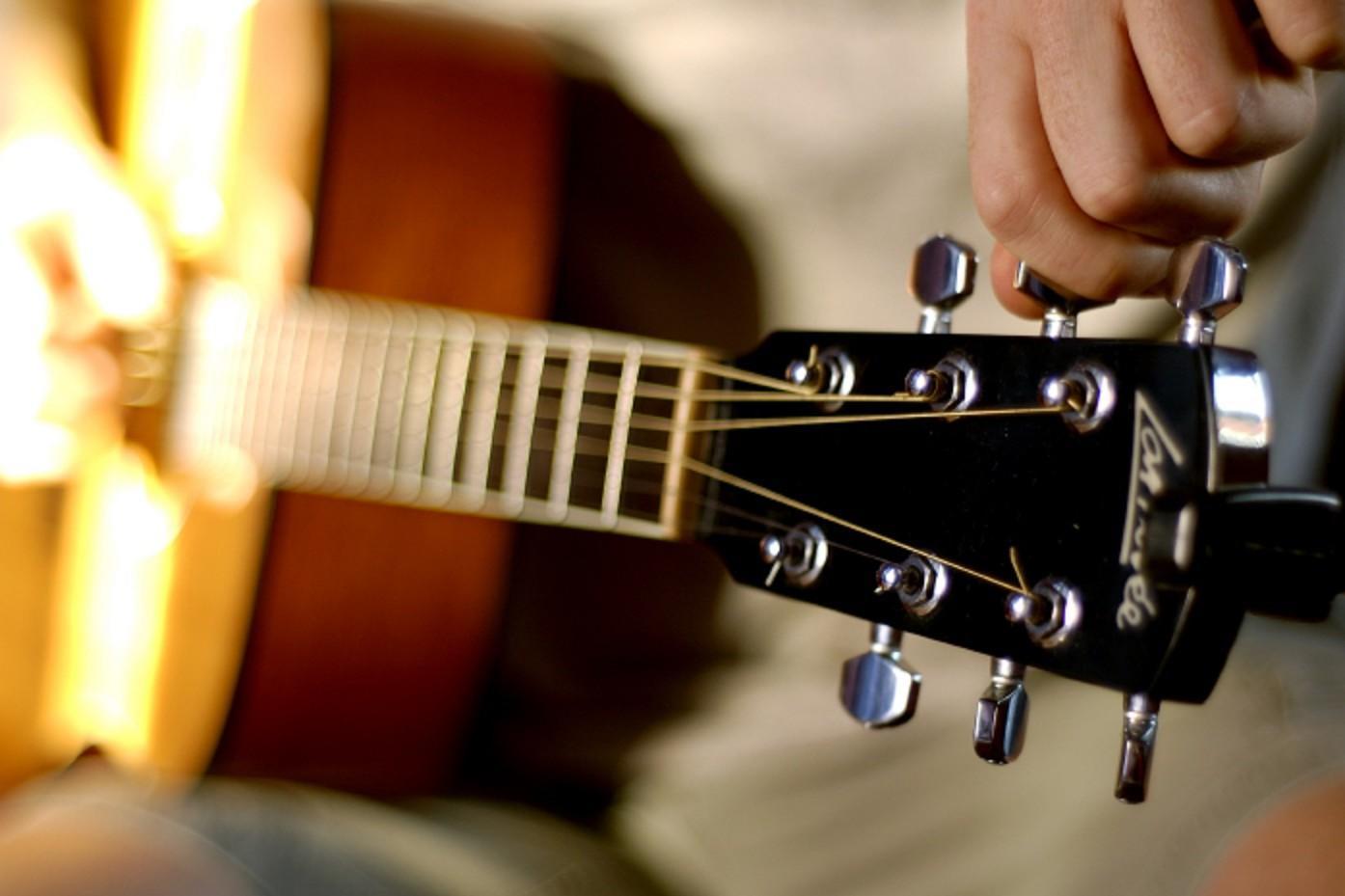 Настройка музыкальных инструментов