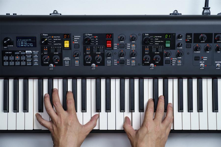 сценические пианино CP73 и CP88