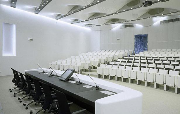 Встраиваемые панели для конференции